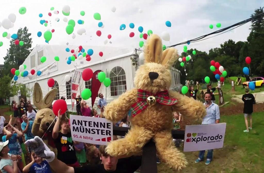 Teddy mit Luftballons